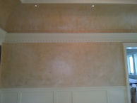 Venetian plaster with metallic finish